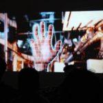 Les doigts dans la prise #2